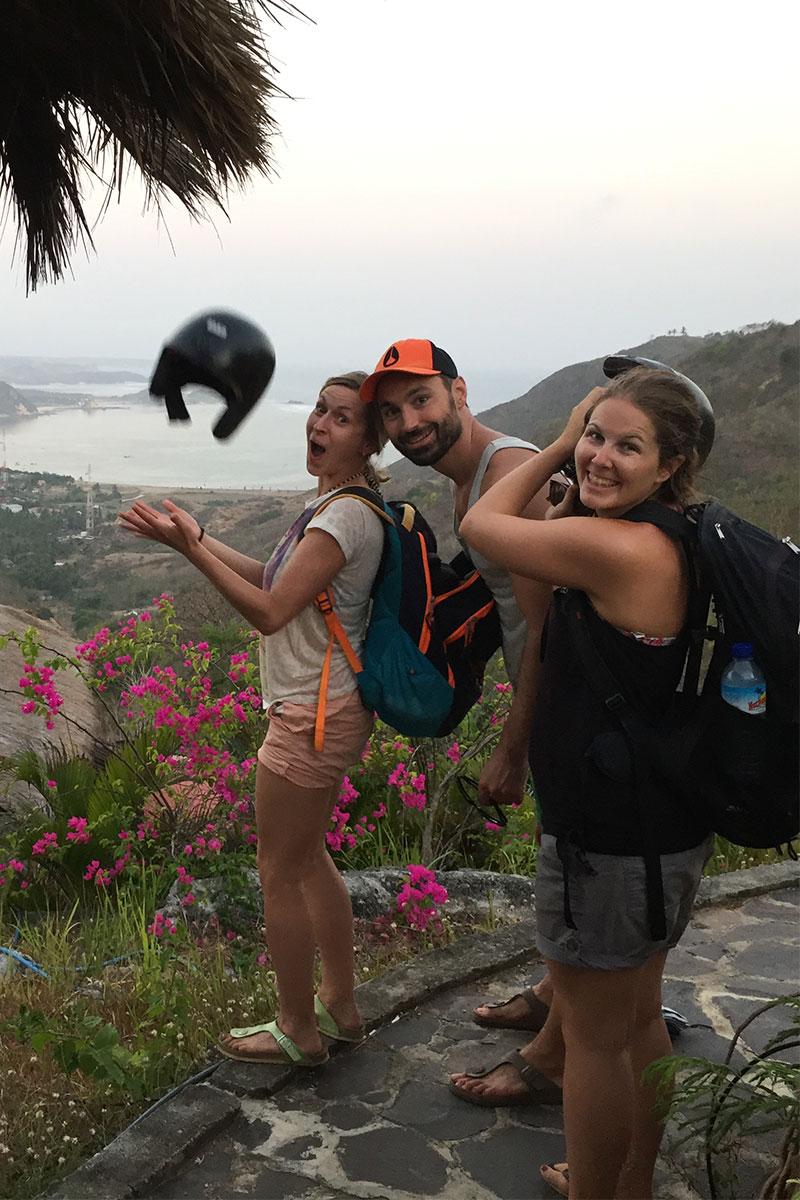 drei-junge-menschen-kuta-lombok