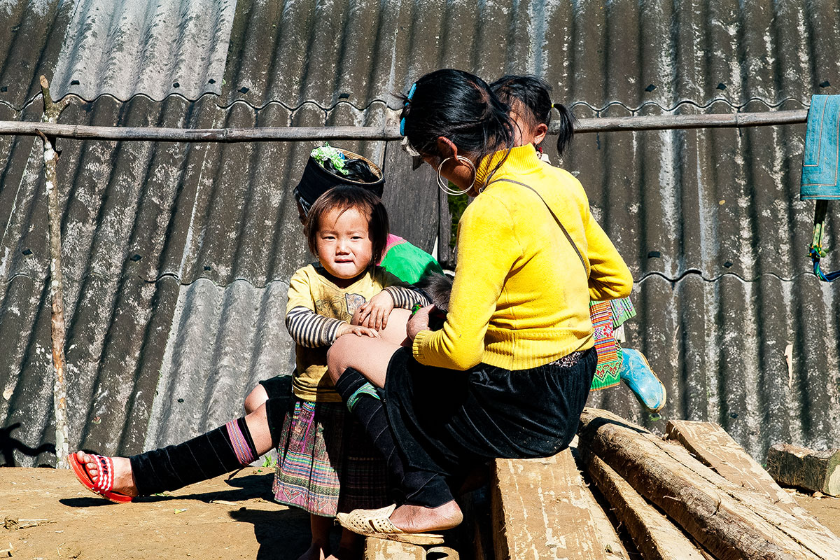 hmong-fahmong-familie-sapa-vietnam