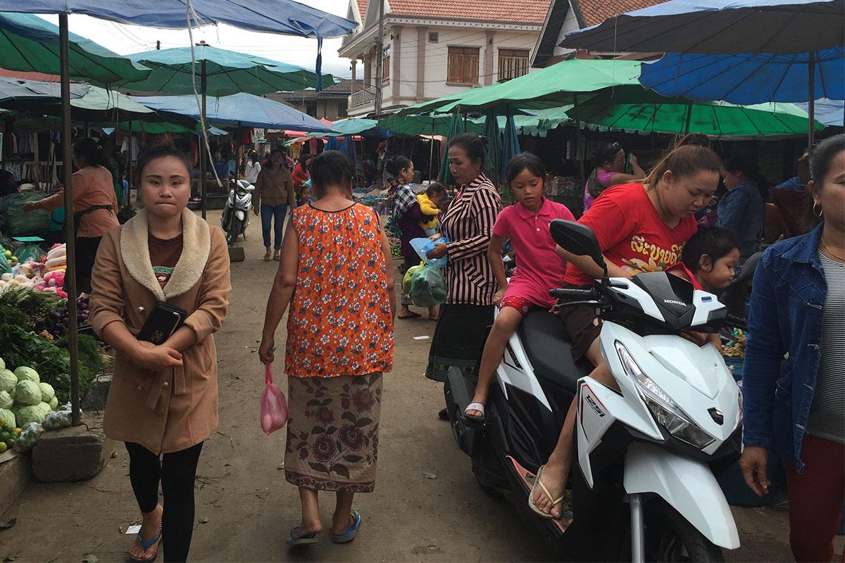 Typische Marktszenen aus Asien...