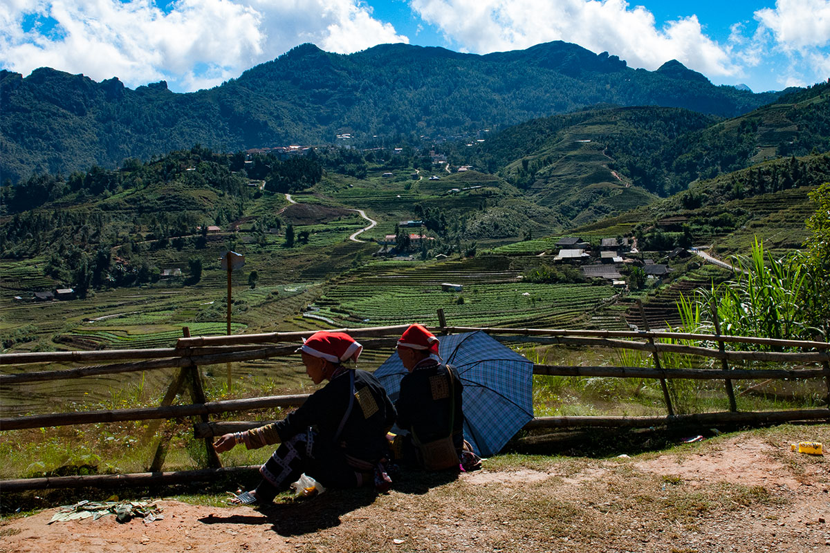 red-dao-frauen-sapa-vietnam
