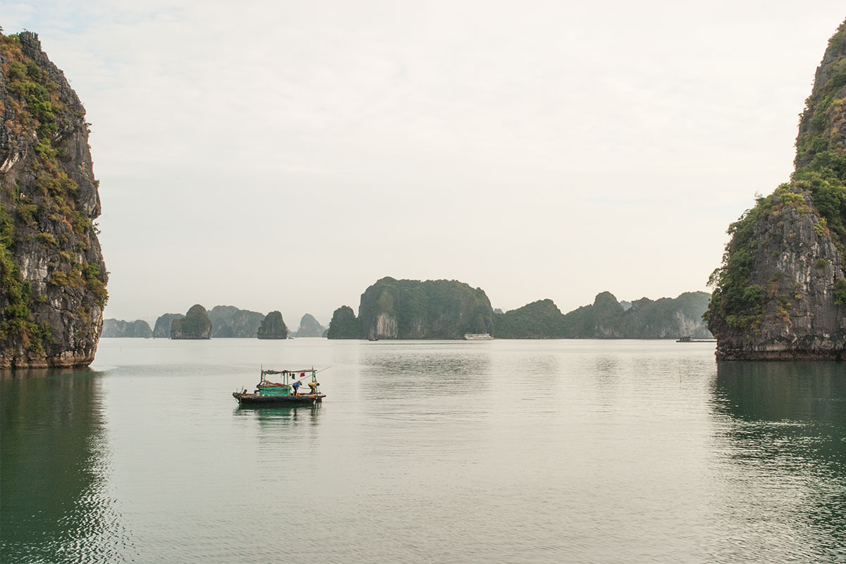 schiff-in-halong-bay