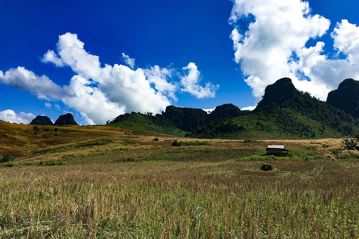 landschaft-kasi-laos