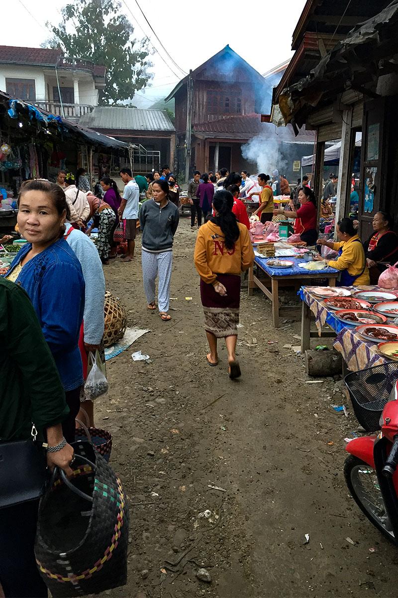 markt-kasi-laos