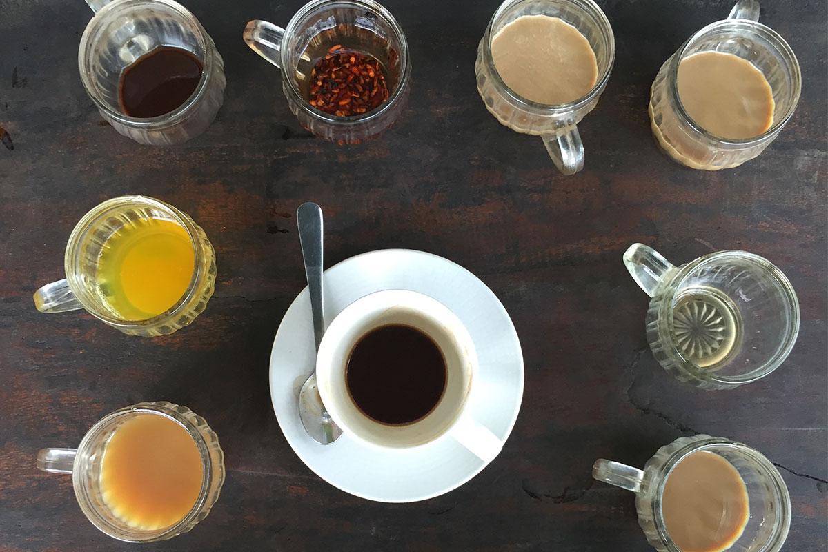 Kaffee und Tee Tasting