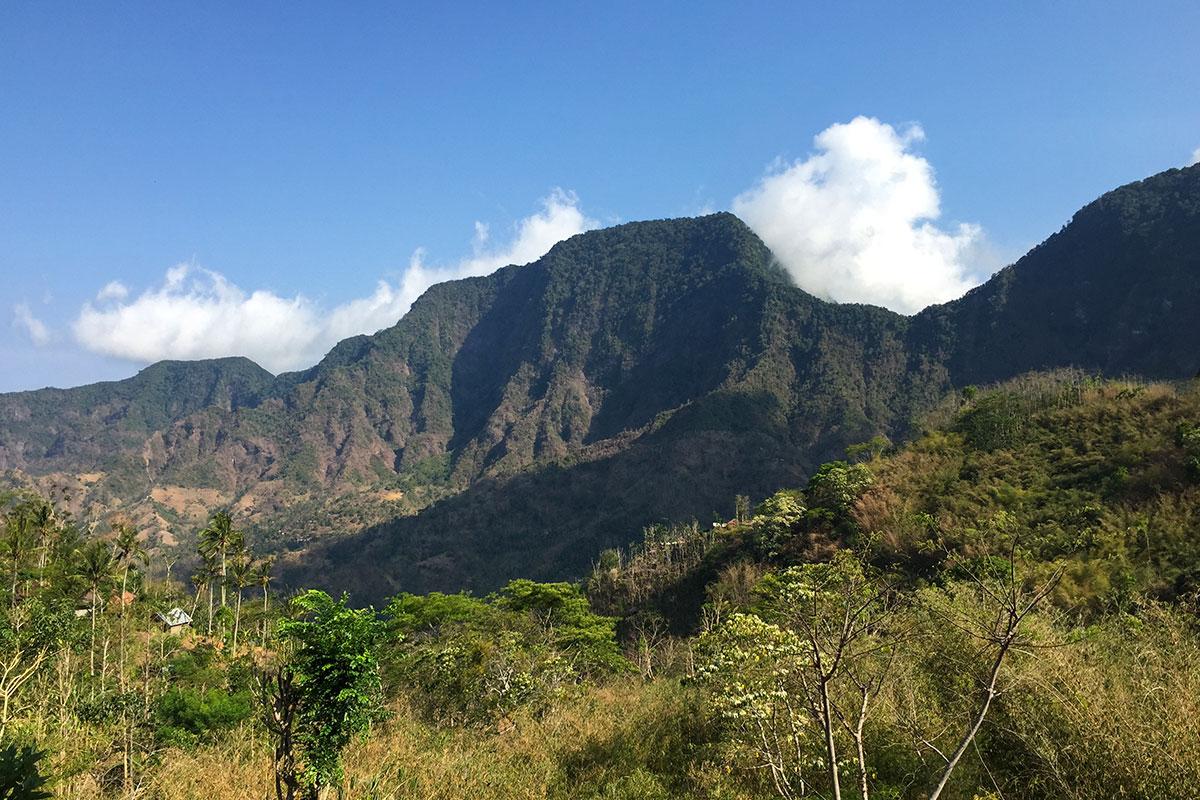 Bergkulisse-Rollertour-Bali-Sidemen