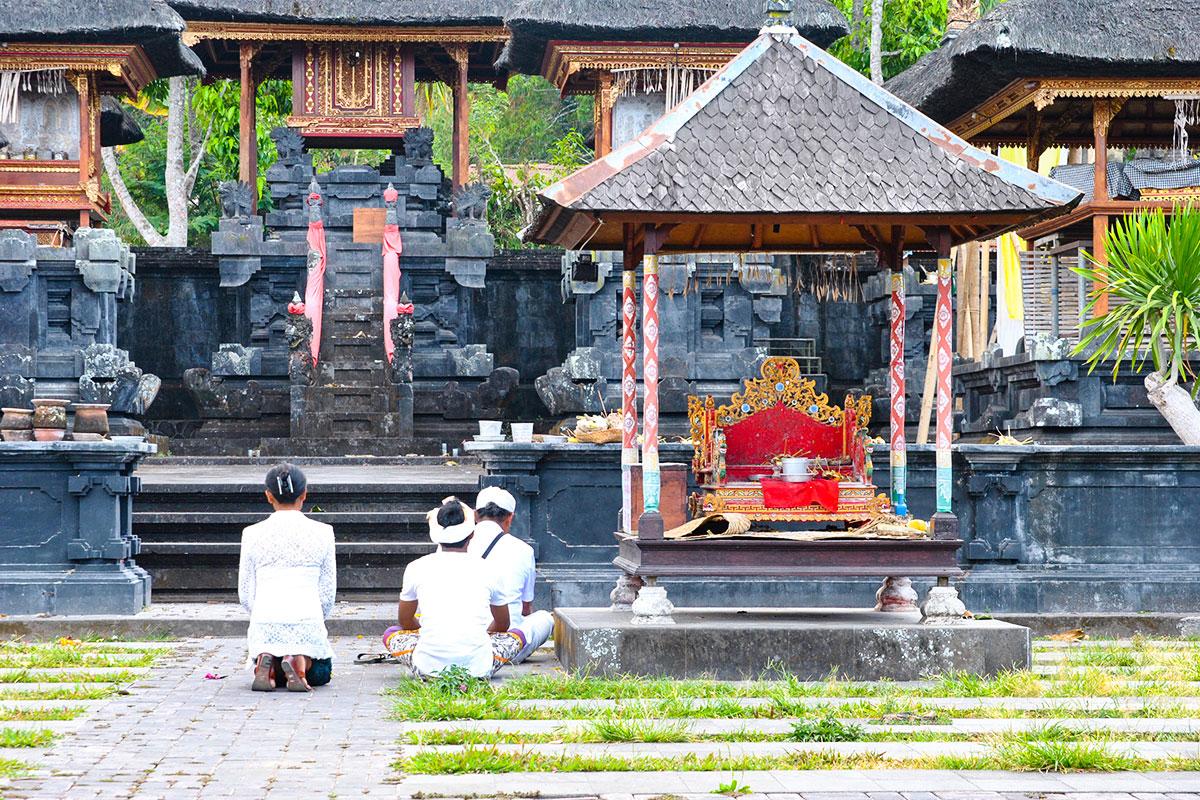Gebete-Muttertempel-Bali-Sidemen