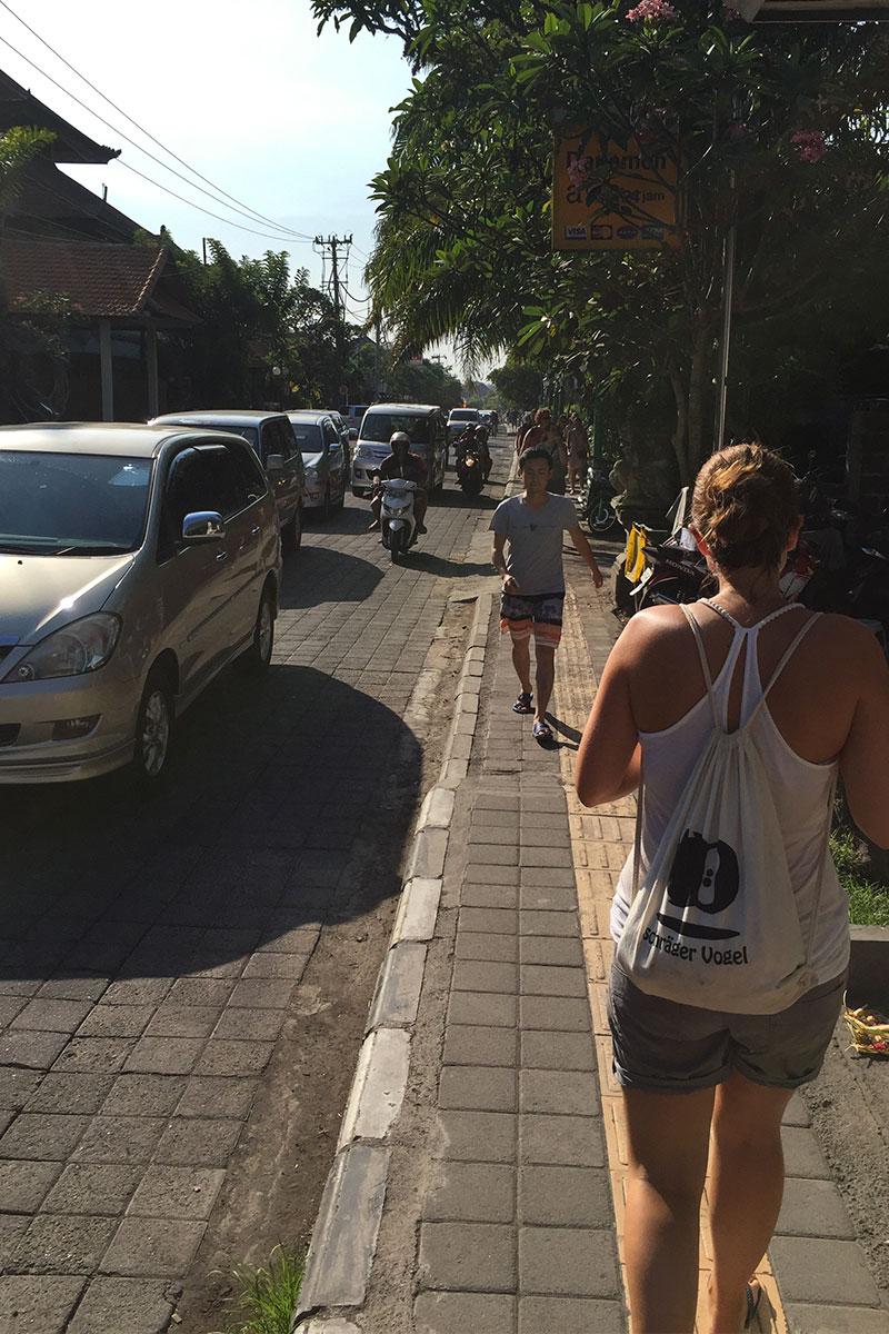 Müßiger Stadtlauf bei sengender Hitze.