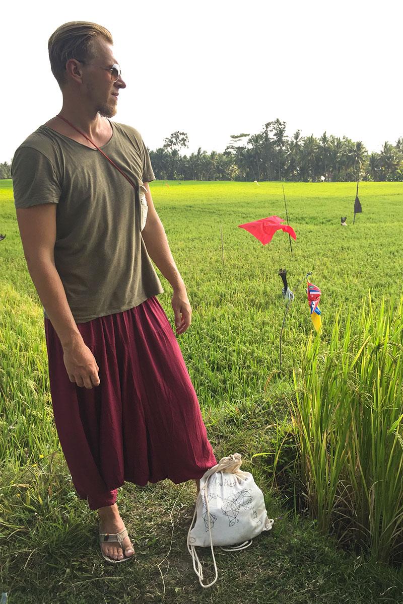 Jan-Reisfeld-Posing-Ubud-Bali-Indonesien