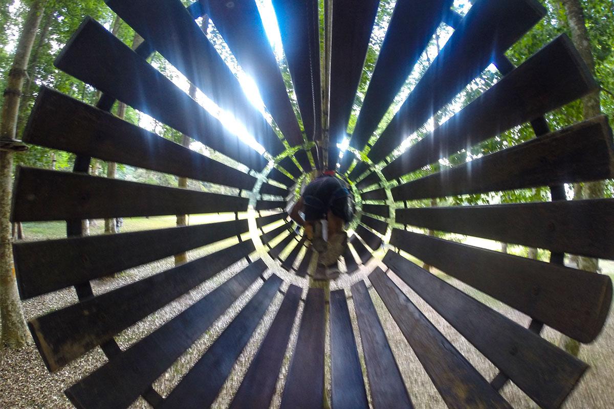 Kriechtunnel-Treetop-Bedugul