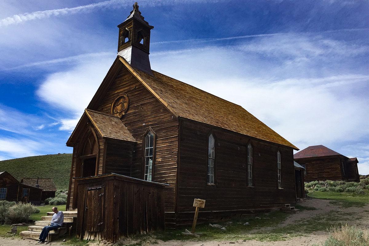 alte-kirche-ghosttown-bodie-kalifornien-usa