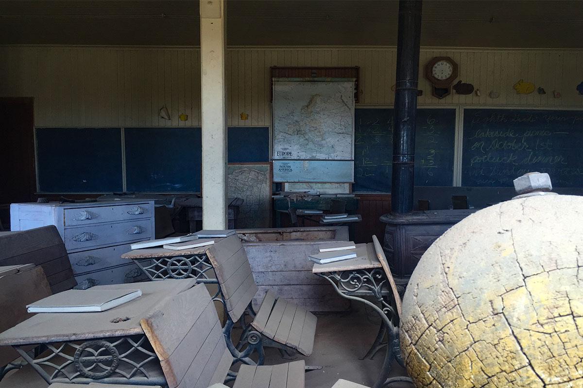klassenzimmer-ghosttown-bodie-kalifornien-usa