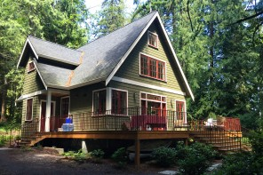 haus-in-the-woods-washington-lake-haus